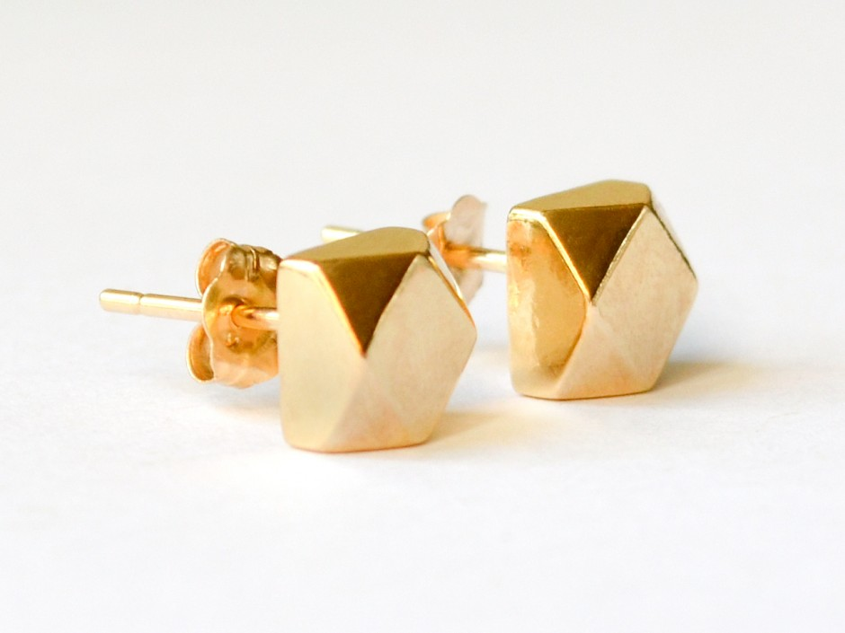 14K Gold Large Faceted Cube Stud Earrings