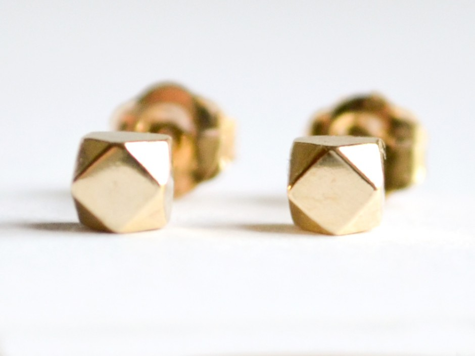 14k Gold Tiny Faceted Cube Stud Earrings
