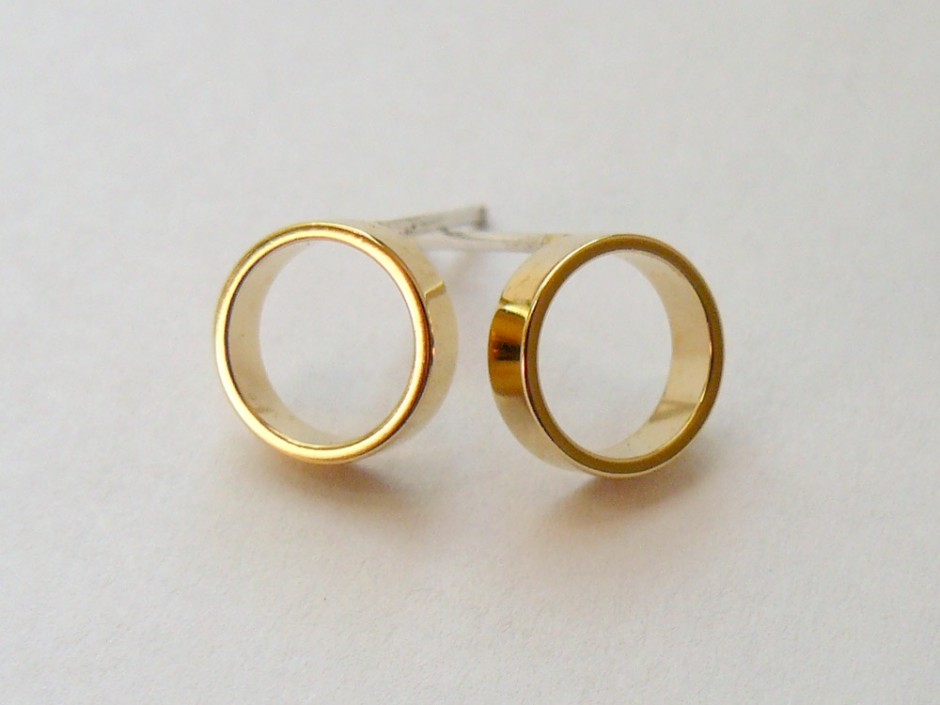 Gold-Circle-Outline-Small-2