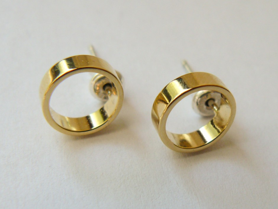 Gold-Circle-Outline-Small-4