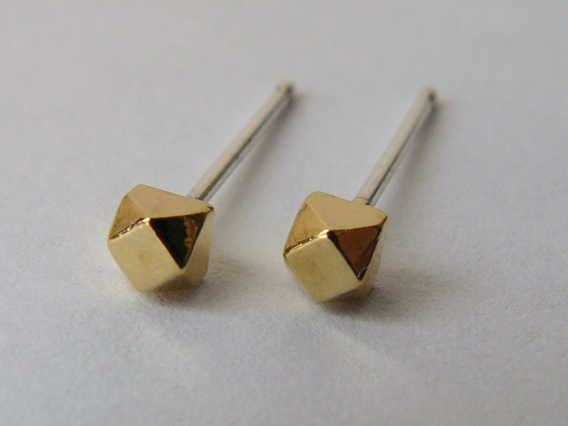 Gold-Faceted-Small-3