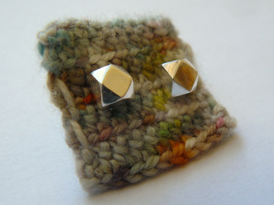 Silver-Faceted-Large-4