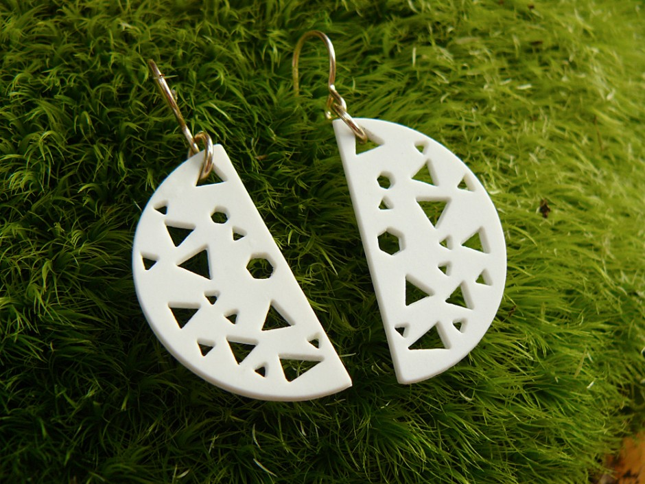 80s Cut Out Half Moon Earrings 3