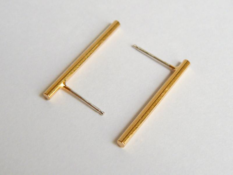 Gold Bar Short Studs 2