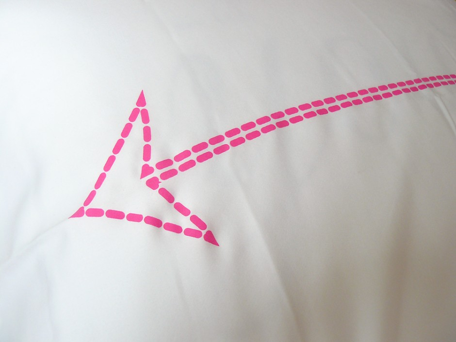 Neon Pink Bow & Arrow Pillowcase 4