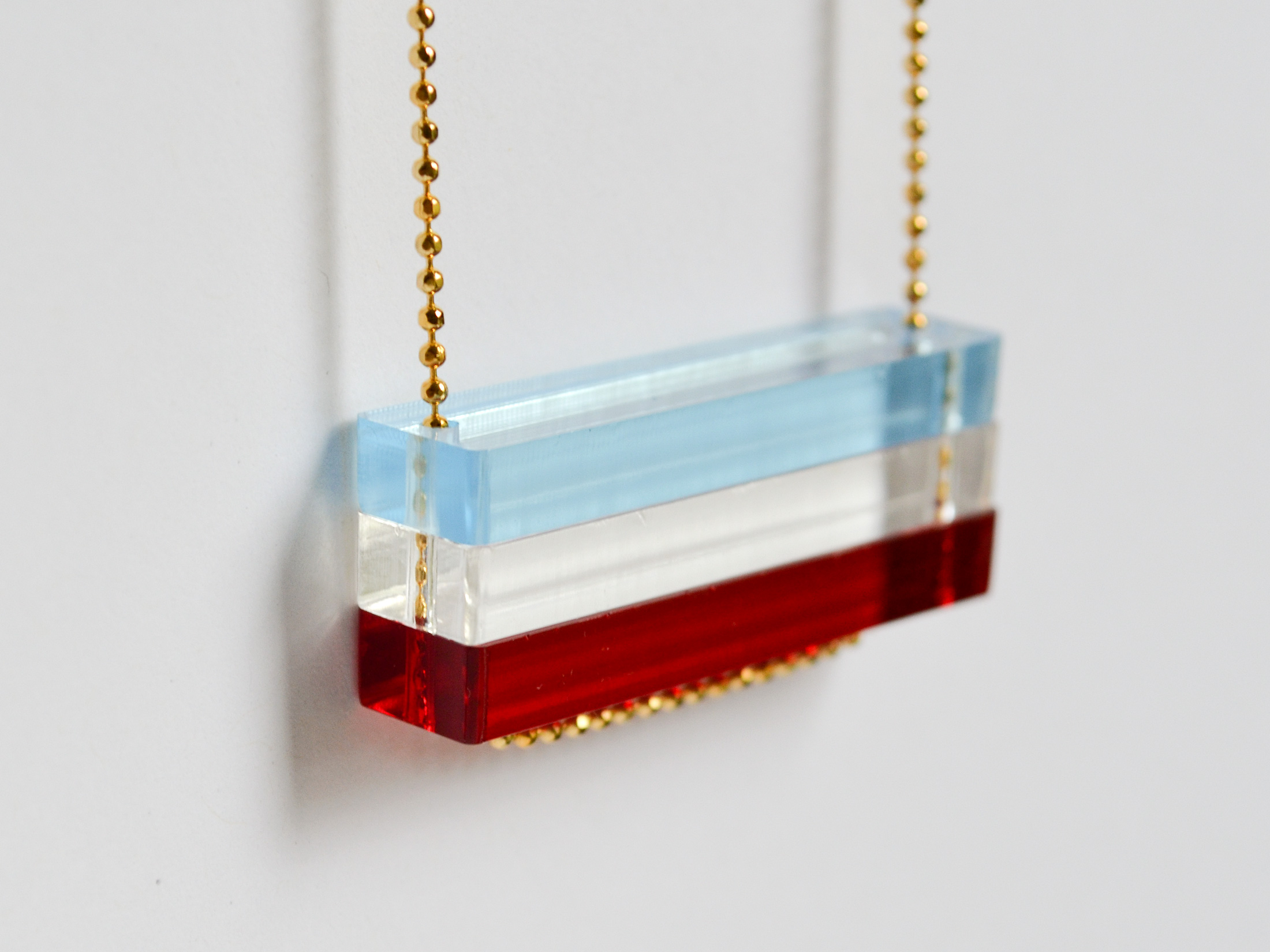 Red-White-Blue-Acrylic-Necklace-3