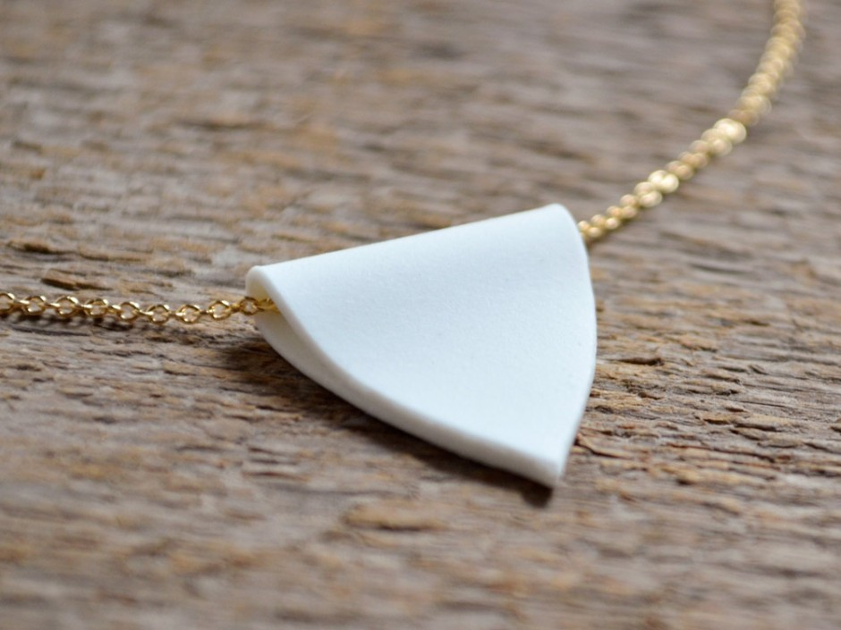Porcelain Pendant Gold Necklace 2