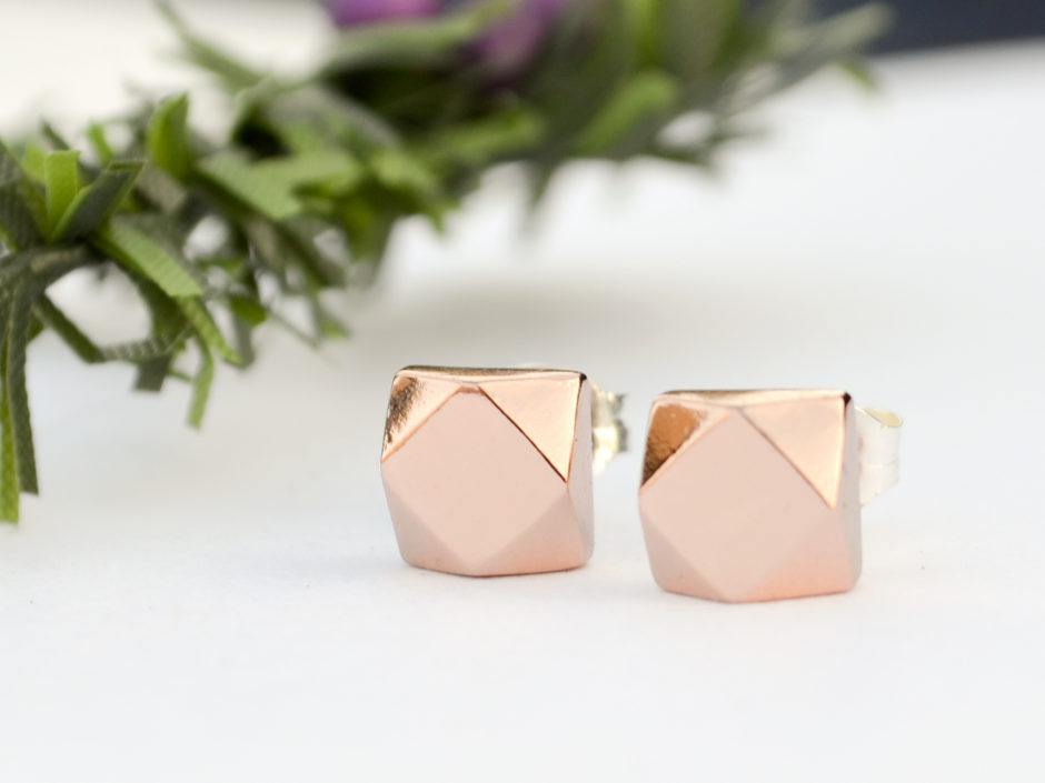 rose-gold-faceted-chunky