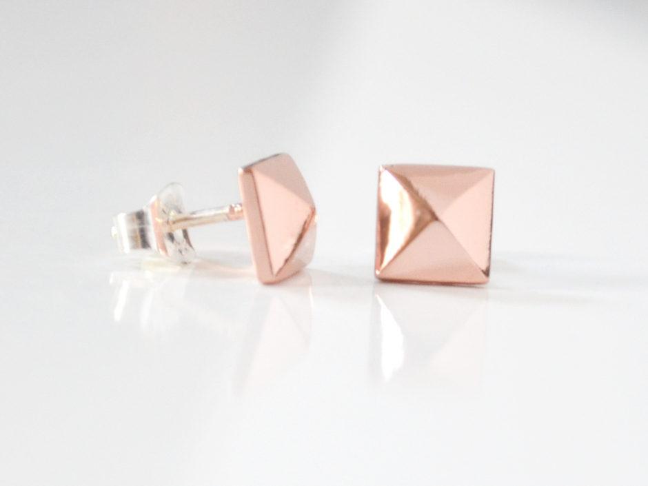 rose-gold-pyramid