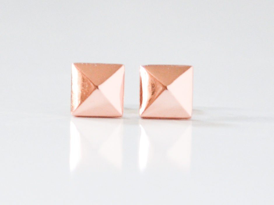 rose-gold-pyramid-2