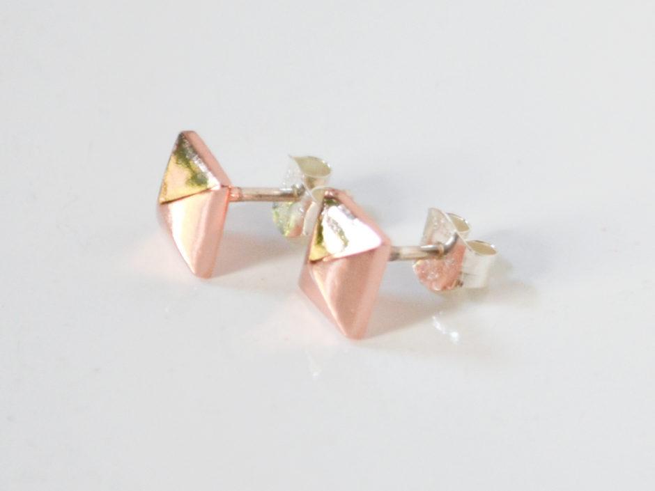 rose-gold-pyramid-3