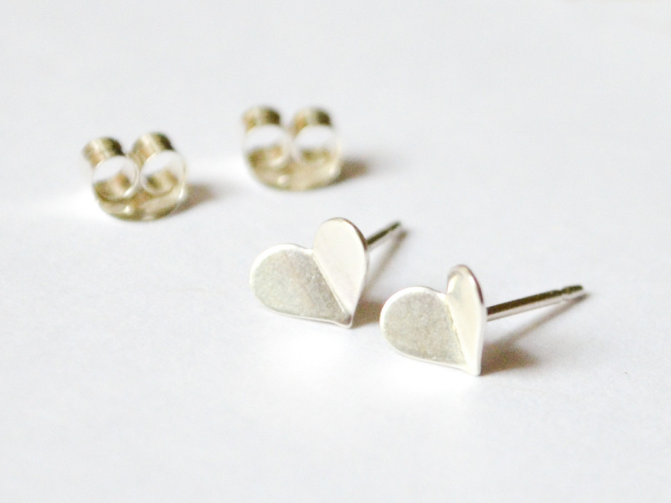 silver-heart-bent-4
