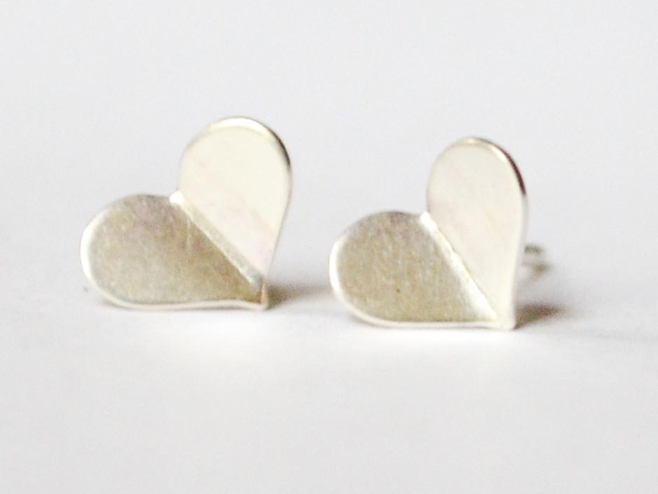 silver-heart-bent-5