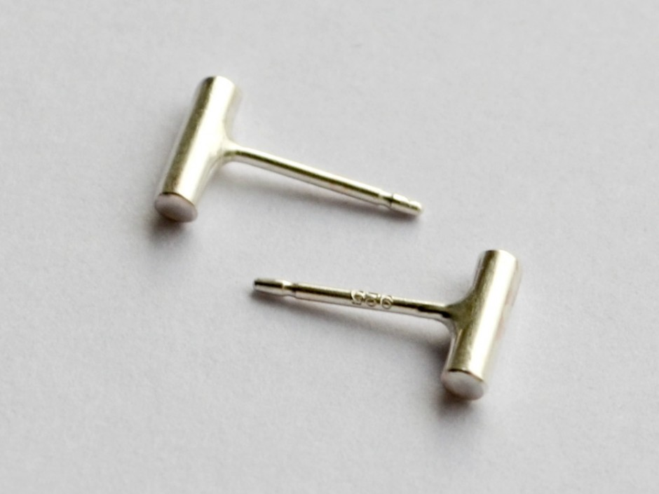 small sterling silver bar stud earrings 187 hook matter